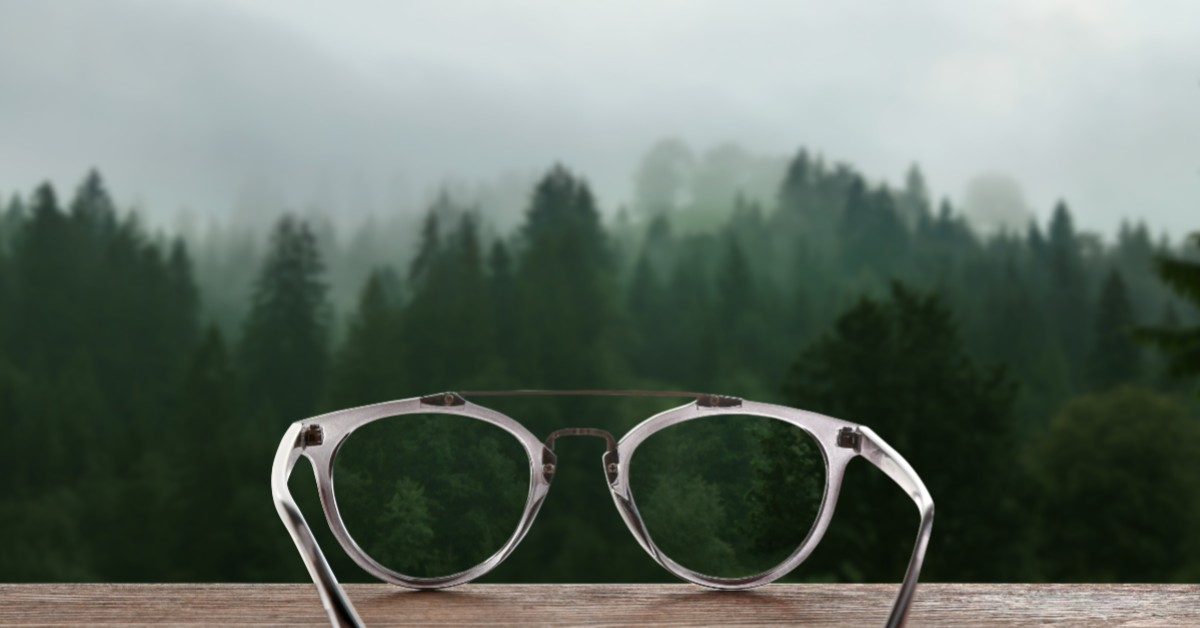 Avoid Foggy Glasses While Wearing A Mask